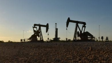 Photo of النفط يهوي 30% بعد انسحاب روسيا من اتفاق أوبك+