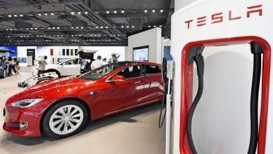 Photo of إنتاج تسلا من السيّارات الكهربائية يصل إلى مليون