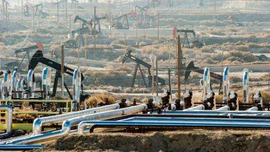 Photo of شركات النفط تخفض ميزانياتها خشية الإفلاس