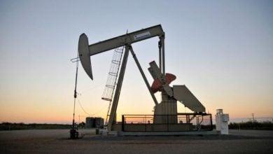 Photo of النفط يتجه صوب تحقيق مكسب أسبوعي آخر