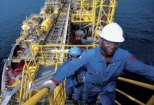Photo of أسواق النفط تتراجع مع استمرار مخاوف العرض والطلب