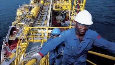 Photo of أنغولا: تخفيضات المنتجين غير كافية لتوازن أسواق النفط