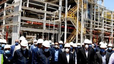 Photo of وزير البترول المصري يتفقد برامج التشغيل الإنتاجية في مشروعات تكرير