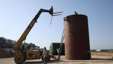 Photo of انهيار أسواق النفط.. هل حقًا مؤامرة روسية مع مضاربين للإطاحة بالنفط الصخري؟