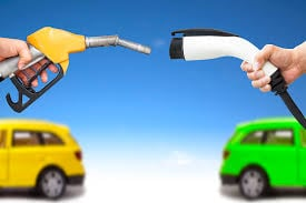 Photo of دراسة: الوزن الخفيف لايفيد السيّارات الكهربائية