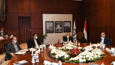 Photo of وزير البترول المصري يناقش تحدّيات مشروعات التكرير والبتروكيماويات
