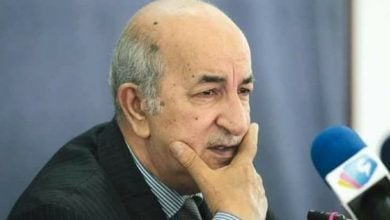 Photo of تراجع أسعار النفط وكورونا يدفعان الجزائر لخفض الإنفاق العامّ 50%