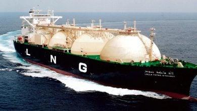 """Photo of شركة هندية تسعى لشراء أولى شحنات الغاز منذ إعلان """"القوّة القاهرة"""""""