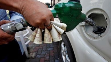 Photo of تخفيف العزل يدعم تعافي الطلب على الوقود في الهند