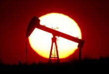 "Photo of النفط يهوي 5% بسبب ""عوامل صينية"""