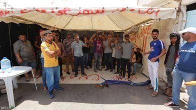 Photo of احتجاج قرب حقل نفطي جنوب تونس للمطالبة بوظائف