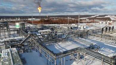 Photo of إنتاج روسيا النفطي ينخفض إلى 8.59 مليون برميل يوميًا في مايو