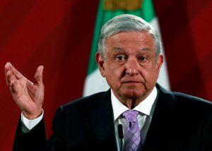 مطالب بإلغاء عقود شراء الكهرباء بحسب قانون جديد من الرئيس المكسيكي
