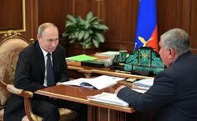 إيغور سيتشين، رئيس شركة روسنفت مع الرئيس الروسي بوتين