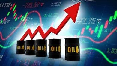 Photo of ارتفاع أسعار النفط بعد انخفاض مخزون الخام الأميركي