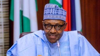 Photo of نيجيريا تفترض 25 دولاراً سعراً لبرميل النفط في موازنتها الجديدة