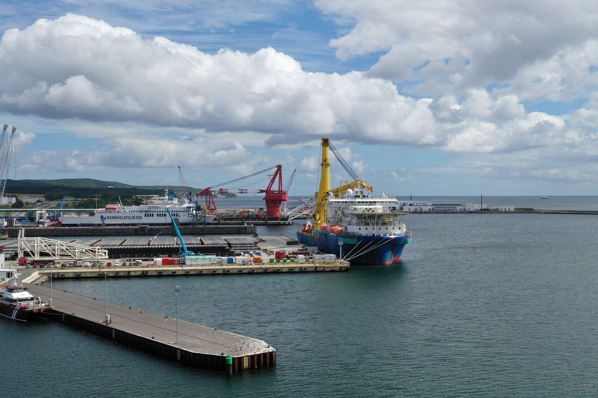 سفينة مد أنابيب الغاز الروسية أكاديميك تشيرسكي