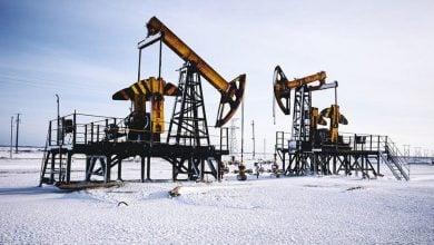 Photo of إنتاج النفط الروسي يتراجع إلى 9.32 مليون برميل يوميًا الشهر الماضي