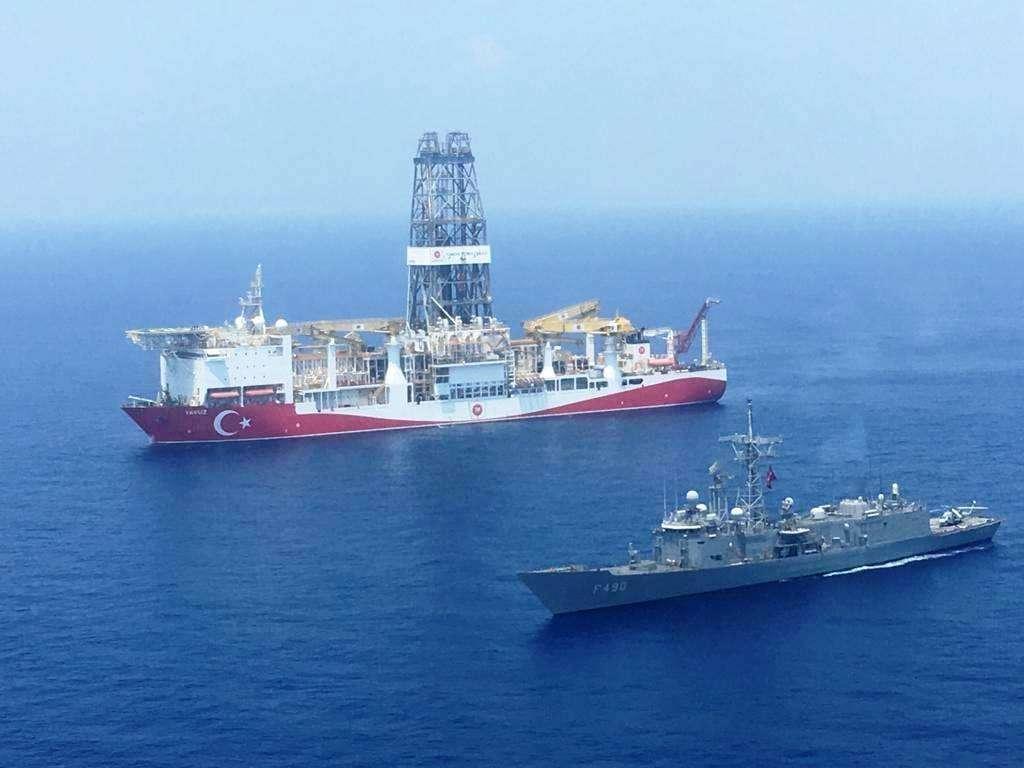 تركيا تعاود استئناف أعمال الحفر والتنقيب شرق المتوسط