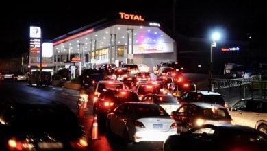 Photo of لبنان يسعى لحلّ أزمة الوقود من الكويت