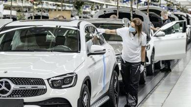 Photo of توقّعات بشطب 100 ألف وظيفة في قطاع السيّارات الألماني