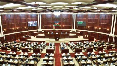 Photo of أذربيجان تعدل سعر برميل النفط في موازنة 2020 عند 33 دولارًا