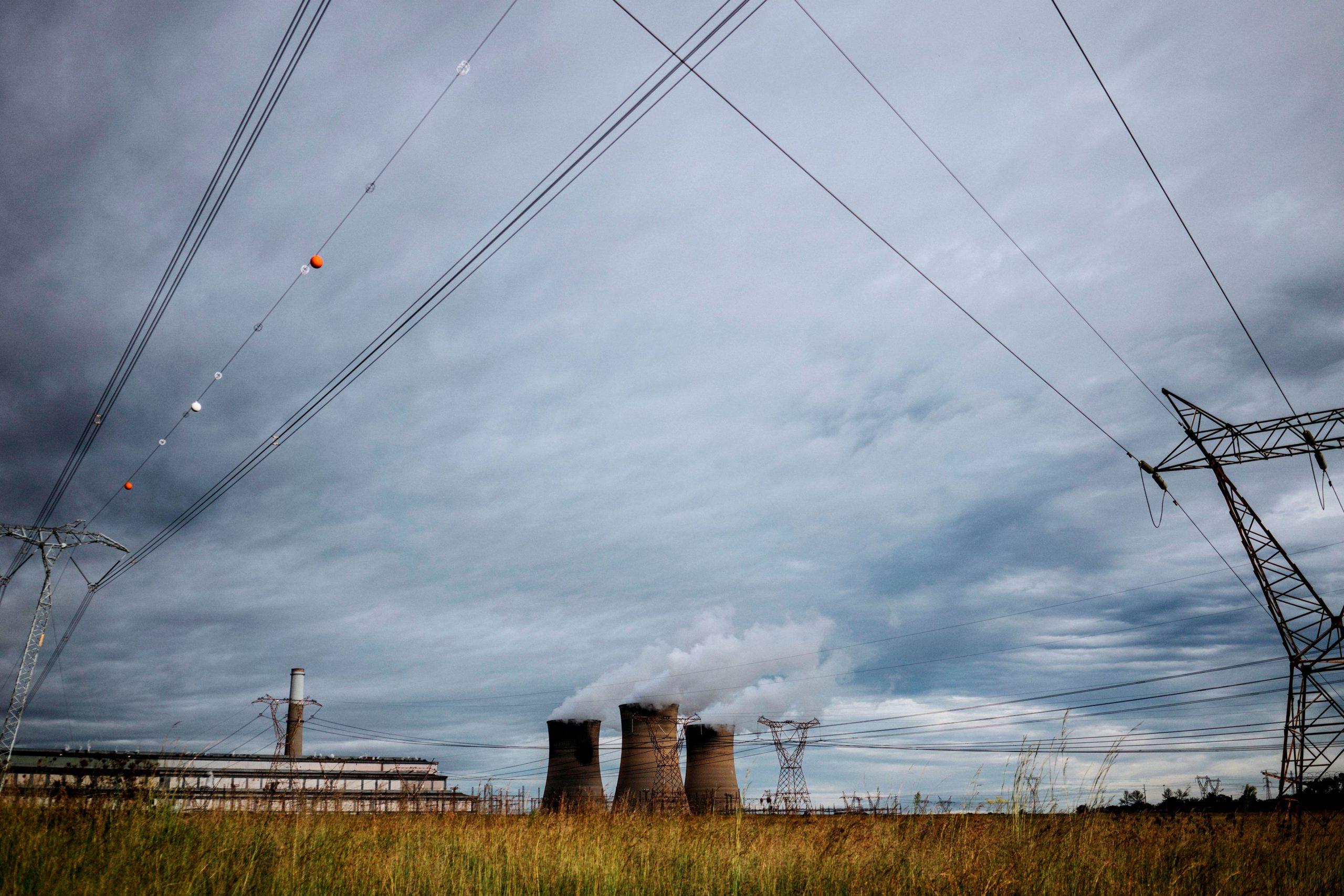 خطوط كهرباء فى جنوب افريقيا