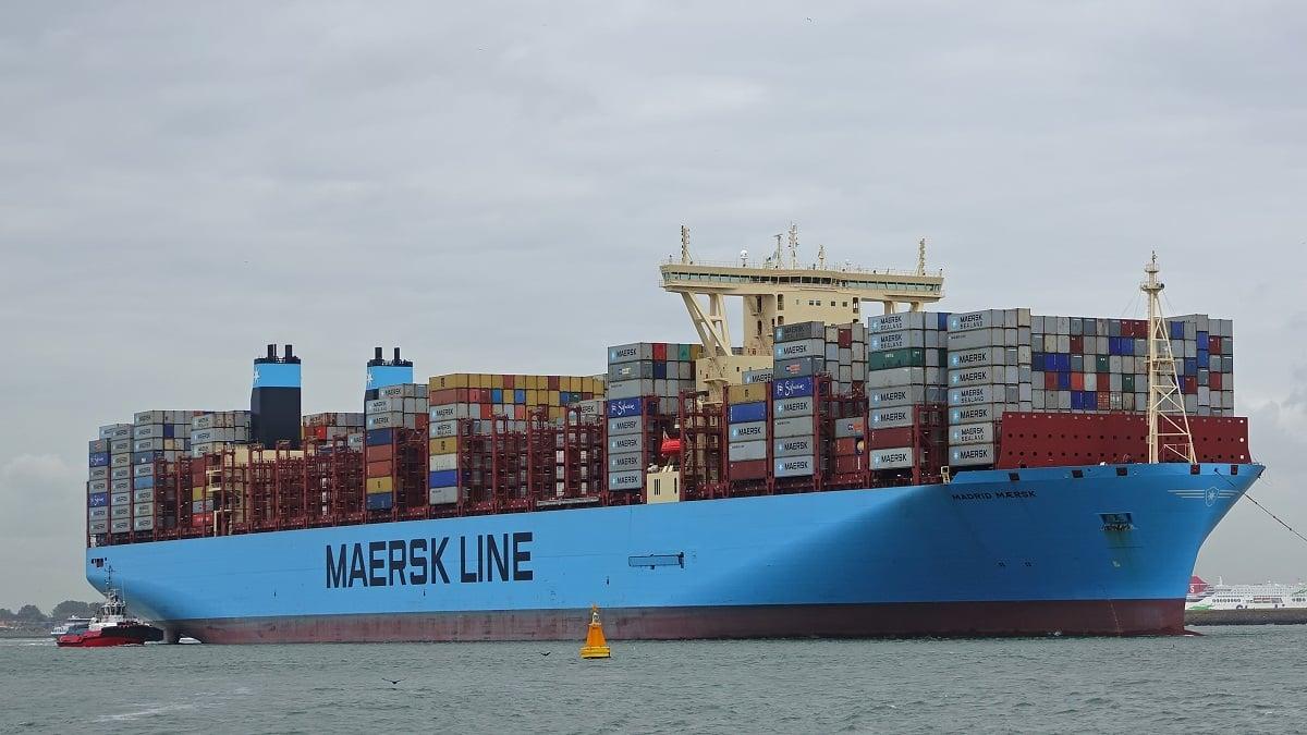 سفينة حاويات عملاقة تابعة لشركة ميرسك الدنماركية