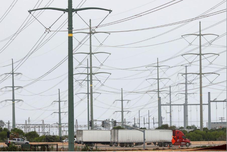 شبكات كهرباء بولاية كاليفورنيا