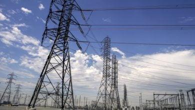 Photo of كاليفورنيا تستعد لمواجهة حرائق الغابات وانقطاع الكهرباء