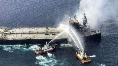 Photo of مخاوف من كارثة بيئية بعد حريق في ناقلة نفط قبالة سريلانكا
