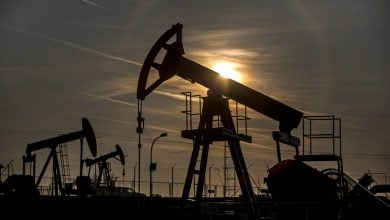 Photo of تحديث - إعصار دلتا يصعد بأسعار النفط 4%.. وبرنت فوق 42 دولارًا