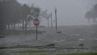 "Photo of بعد ""لورا"" و""سالي"".. ""بيتا"" ثالث عاصفة تضرب خليج المكسيك خلال شهر"