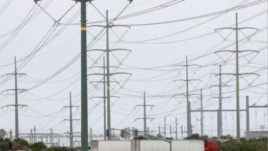 Photo of طوارئ في كاليفورنيا بعد تحذيرات من موجة جديدة لانقطاع الكهرباء