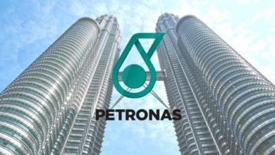 Photo of بتروناس توقّع اتفاقًا لإنشاء شبكة إمداد وقود عالمية