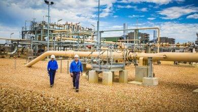 Photo of مشروع لإنتاج الغاز في أستراليا مثير للجدل يحصل على موافقة تنفيذه