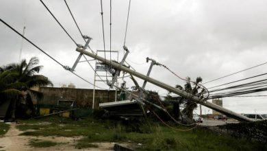 Photo of خليج المكسيك.. إعصار دلتا يعطل مصافي النفط ويقتلع معدّاتها
