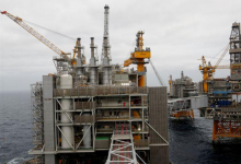 Photo of إضراب العمّال يهدّد إنتاج النفط والغاز النرويجي