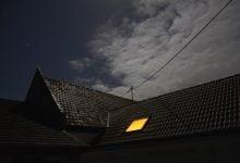"Photo of ""الطاقة"" ترصد تجربة منزل يتحدّى انقطاعات الكهرباء في كاليفورنيا"