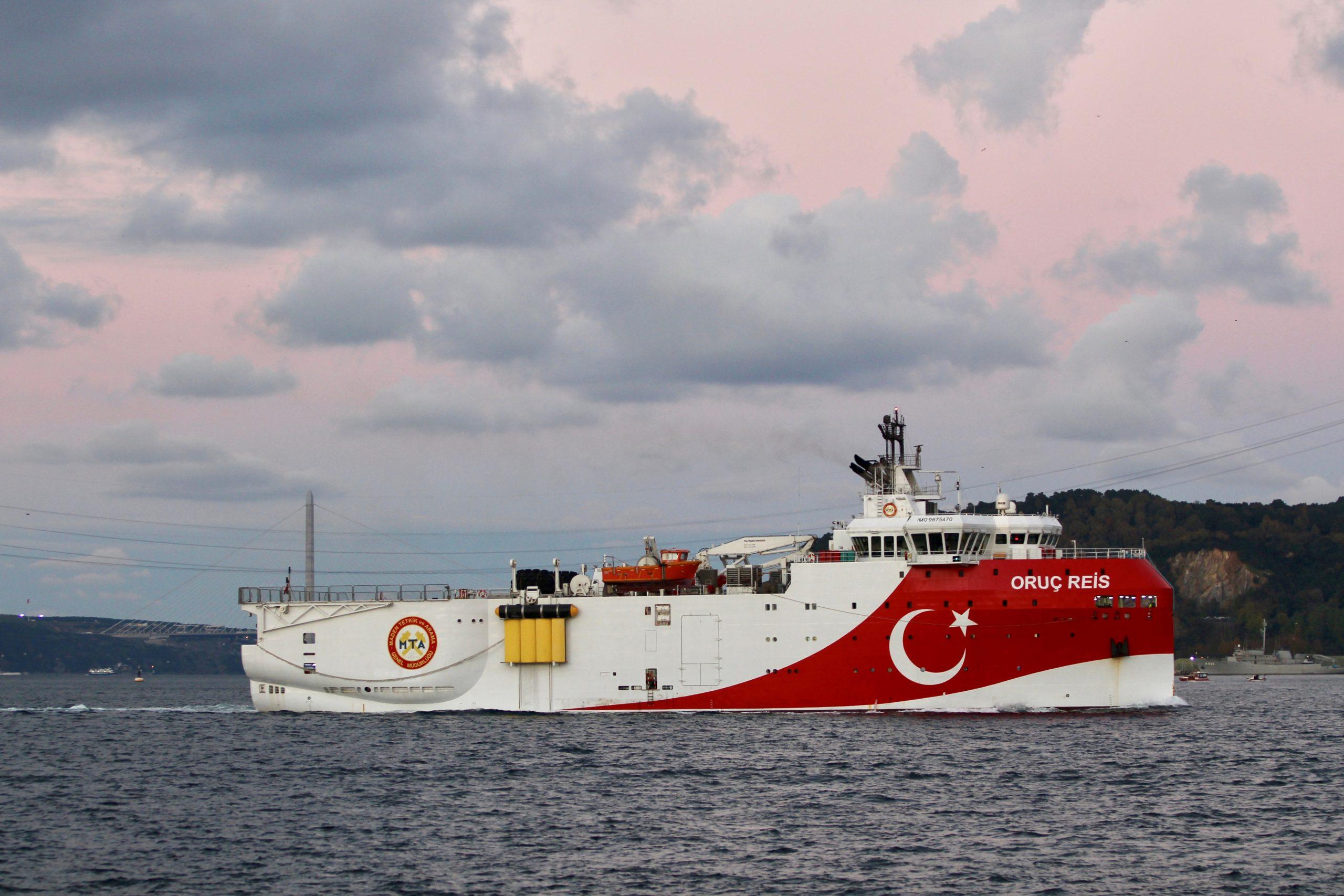 سفينة الاستكشاف التركية الرويس عروج في شرق البحر المتوسط (رويترز)