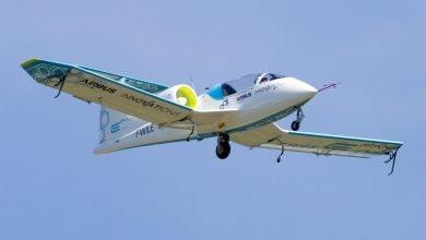 Photo of في المستقبل القريب.. الطائرات الكهربائية تحارب انبعاثات الكربون