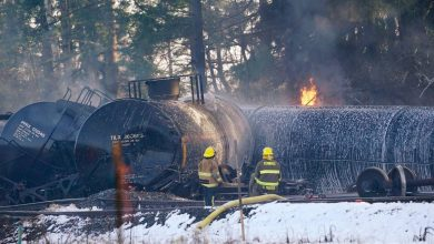 Photo of تفاصيل اشتعال قطار شحن محمّل بالنفط في أميركا (فيديو)
