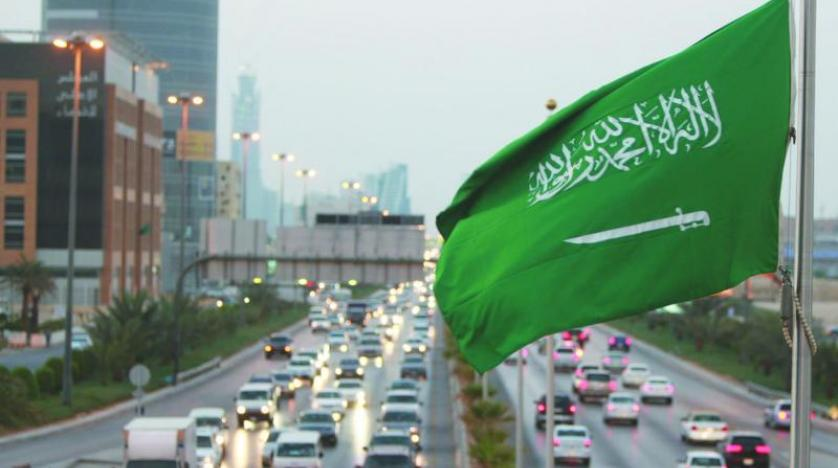 أحد الشوارع الرئيسية في العاصمة السعودية الرياض