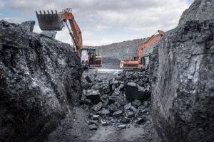 حطر استهلاك الكهرباء بعد ارتفاع سعر الفحم