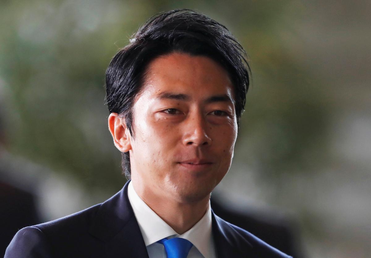 وزيرالبيئة اليابانى شينجيرو كوزومى