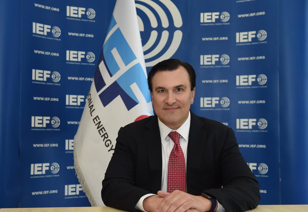 جوزيف ماكمانيغول، الأمين العام لمنتدى الطاقة العالمي