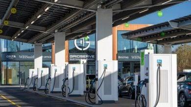 Photo of 100 ساحة لشحن السيارات الكهربائية في بريطانيا
