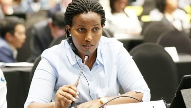 Photo of رواندا تشجّع مواطنيها على استخدام السيارات الكهربائية
