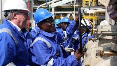Photo of تحذيرات من ارتفاع ديون قطاع الطاقة في غانا