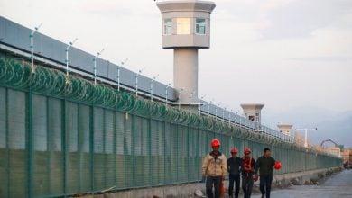 Photo of الضريبة الإنسانية لتصنيع اللوائح الشمسية الصينية.. وسبب هبوط تكاليفها
